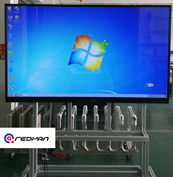 4K High Resolution LCD Touch Screen Whiteboard 65 inch in Classroom or conference